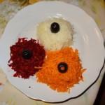 Салата от ряпа, моркови и червено цвекло