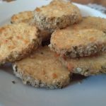 Кашкавалени бисквити